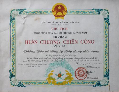 Huân chương nhà nước trao tặng qua các thời kỳ